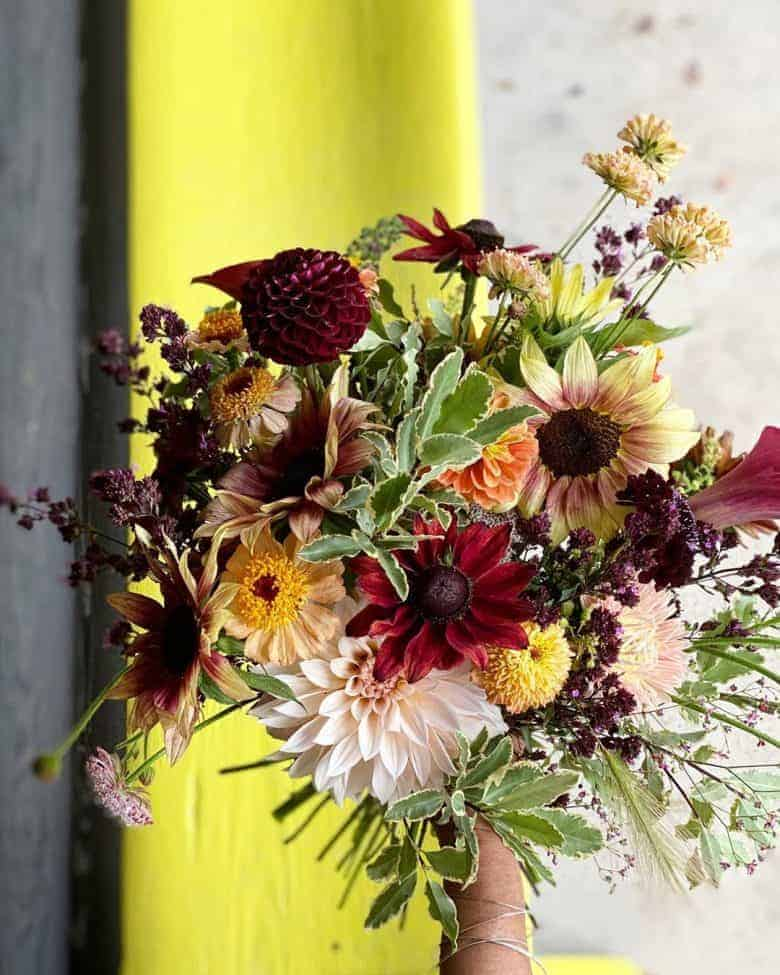 autumn flower arrangement #autumn #flowers #bouquet #arrangement